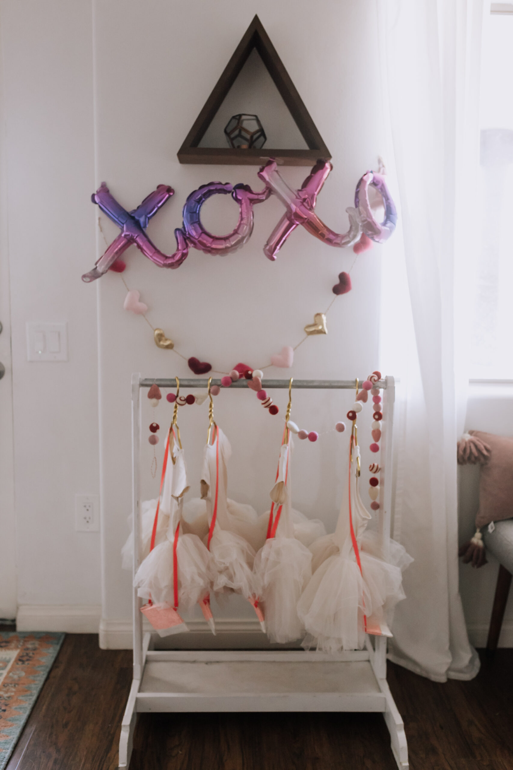sweetest little valentine's dress up rack from Plum NYC. #tutus #valetinesplaydate #galentines