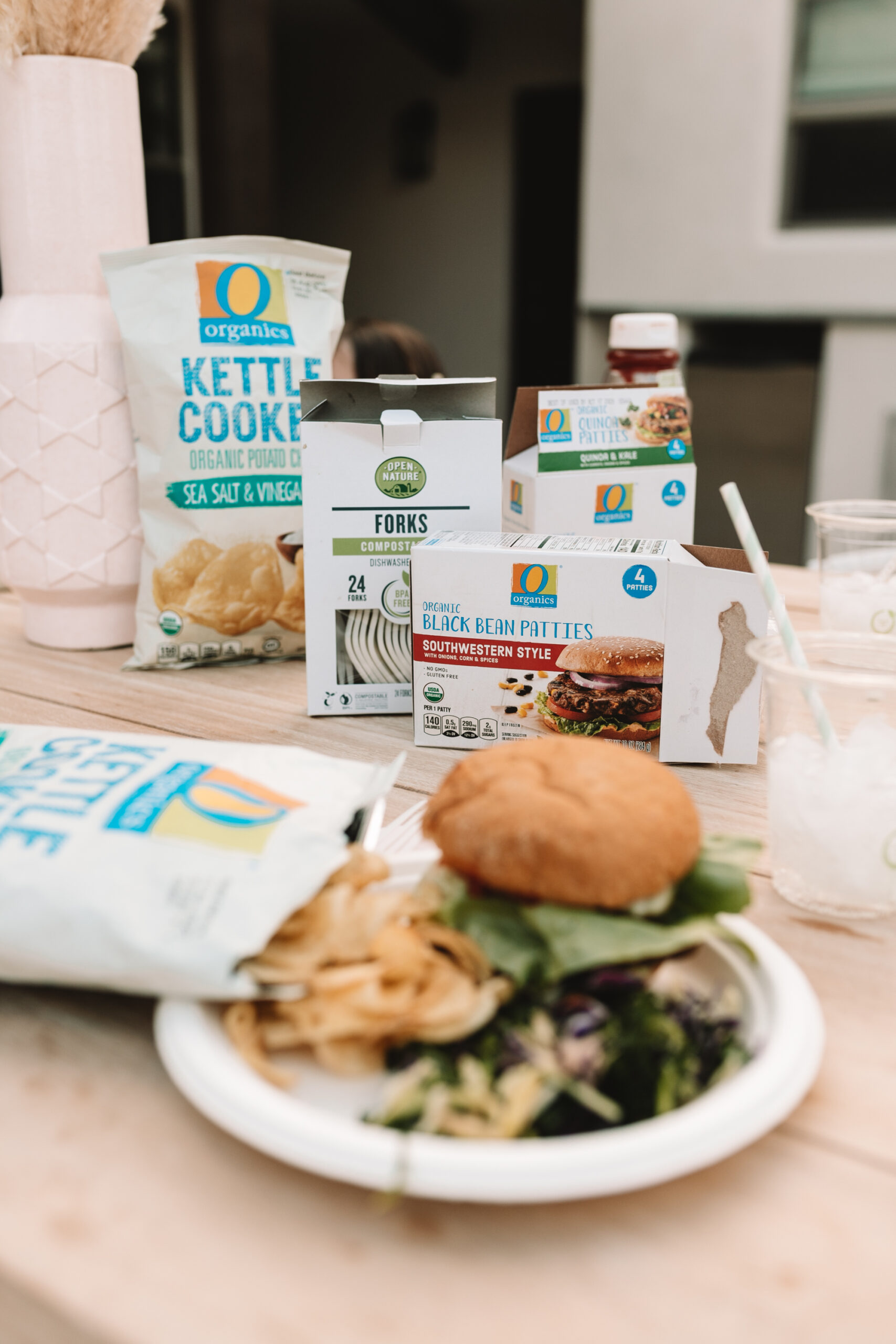 create an easy backyard plant based bbq night with your family, with O Organics and Open Nature products found exclusively at Safeway and Albertsons! #thelovedesignedlife #plantbased #safeway