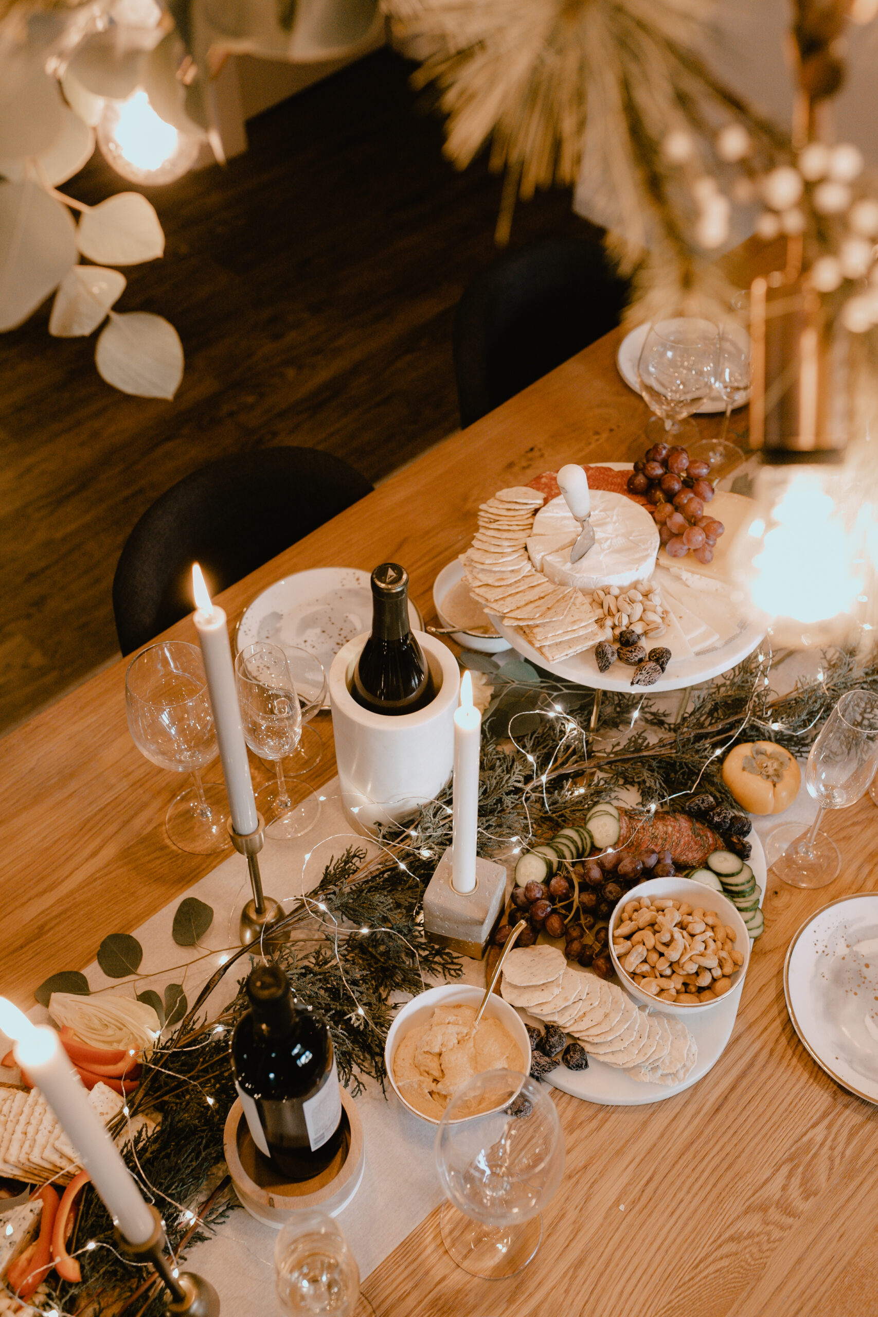 set the table to gather with friends this holiday season! #verymerry #charcuterieboard #holidayhome #holidaydecorating #merrychristmas