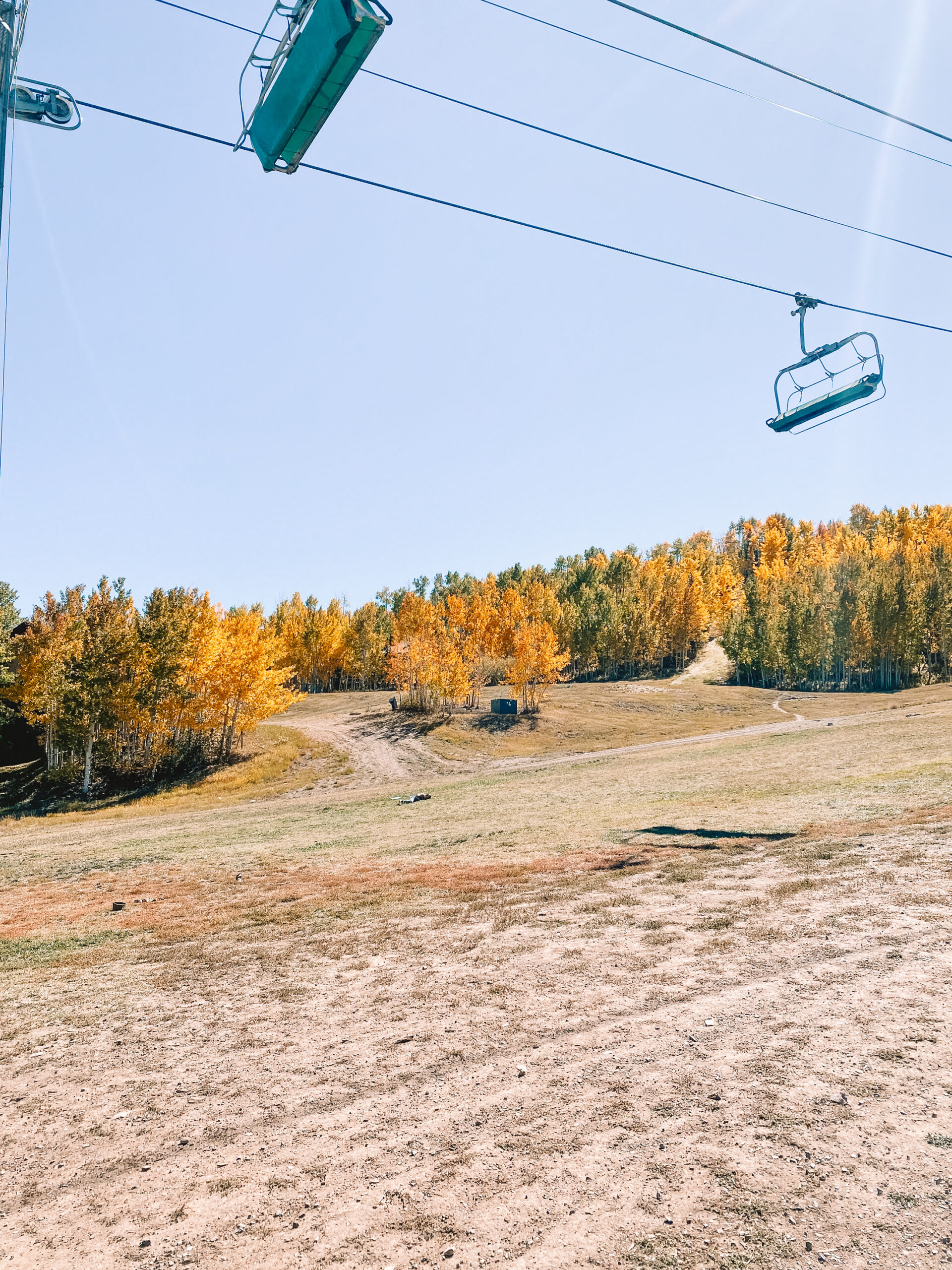 the beauty of aspen snowmass mountain in the fall before the snow. #thelovdedesignedlife #fallincolorado