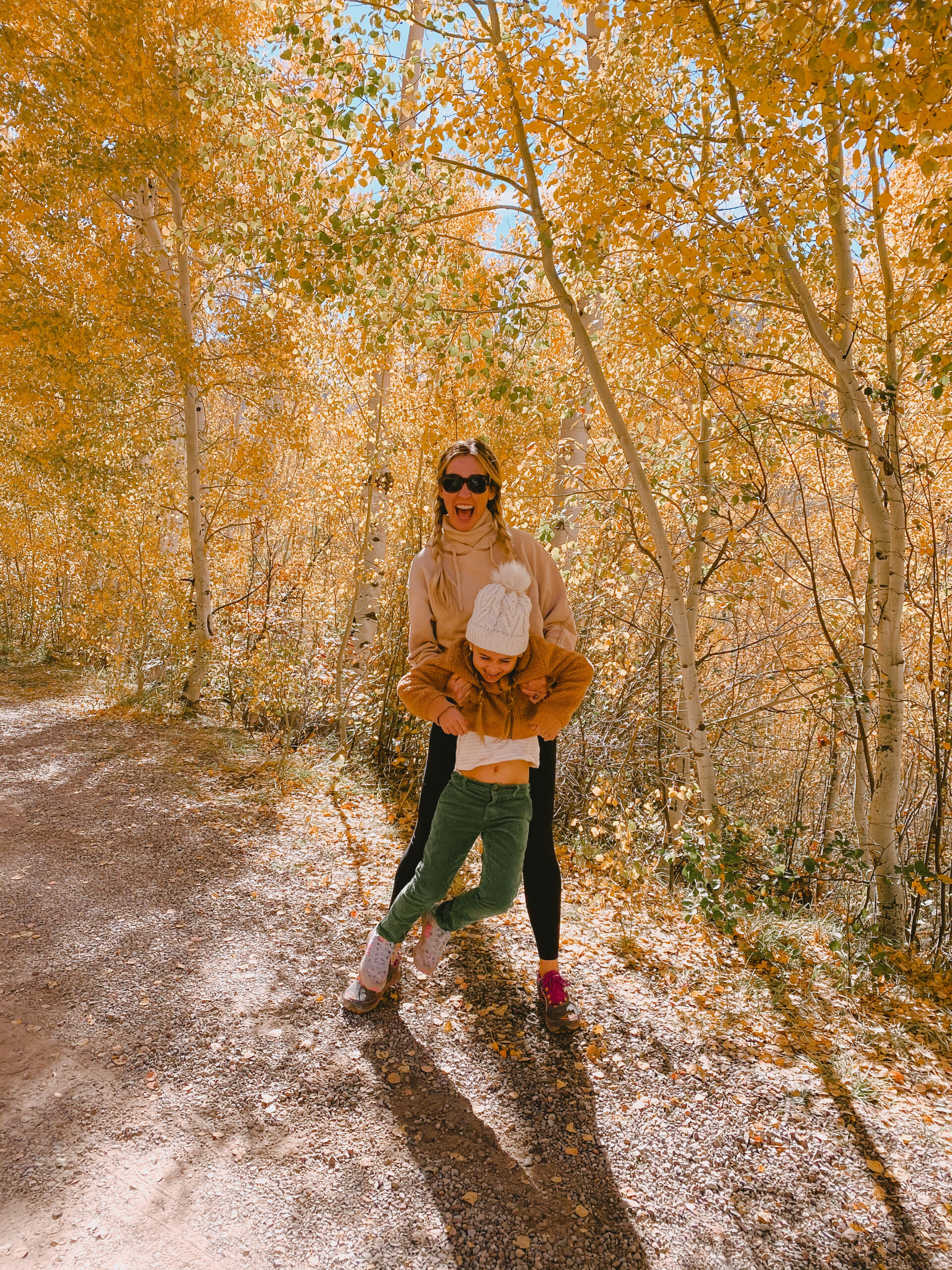 fall amongst the trees with my baby girl! #fallinaspen #aspentrees #colorado