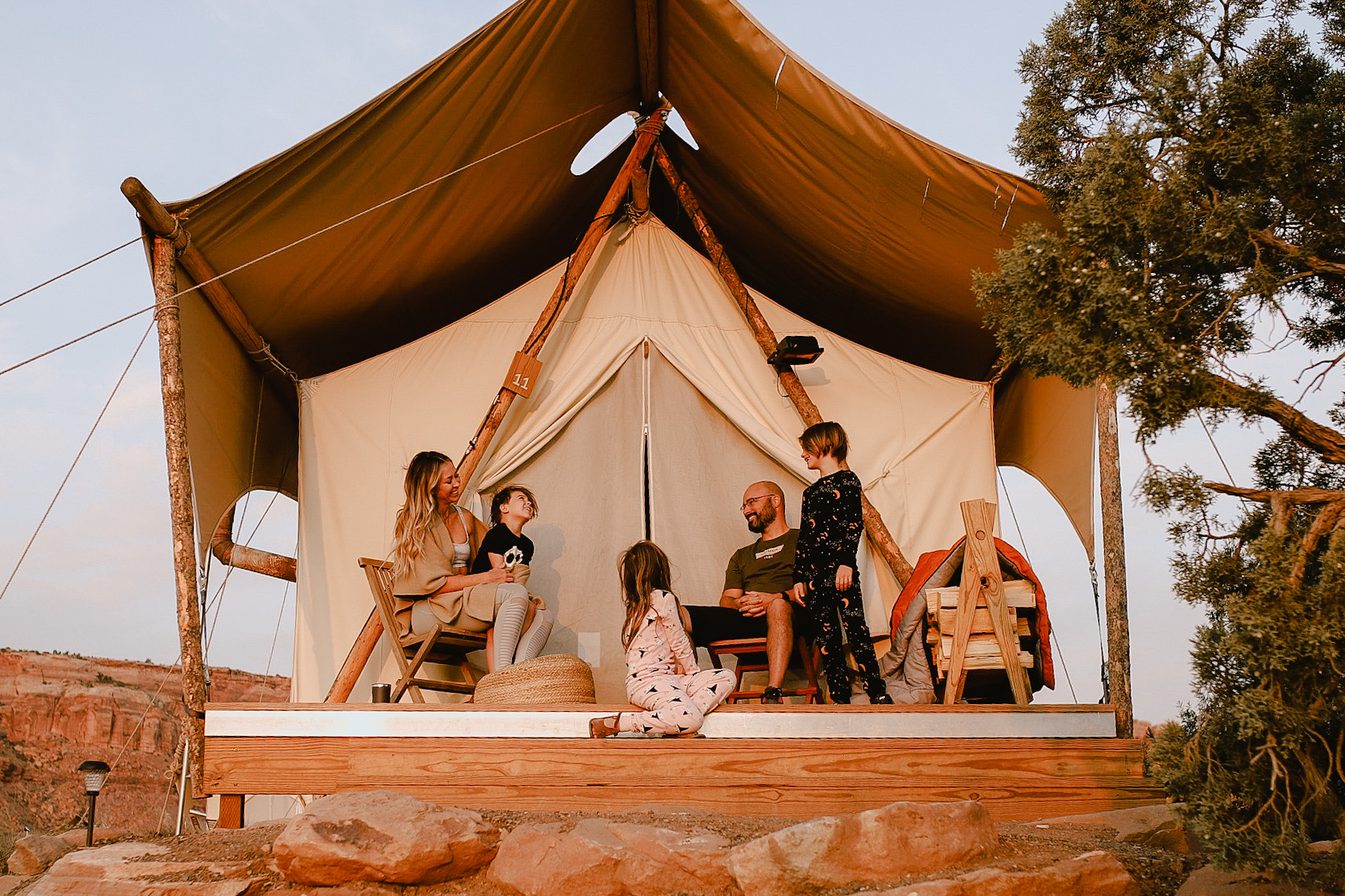 glamping in moab, utah with the whole family. #theldltravels #thelovedesignedlife