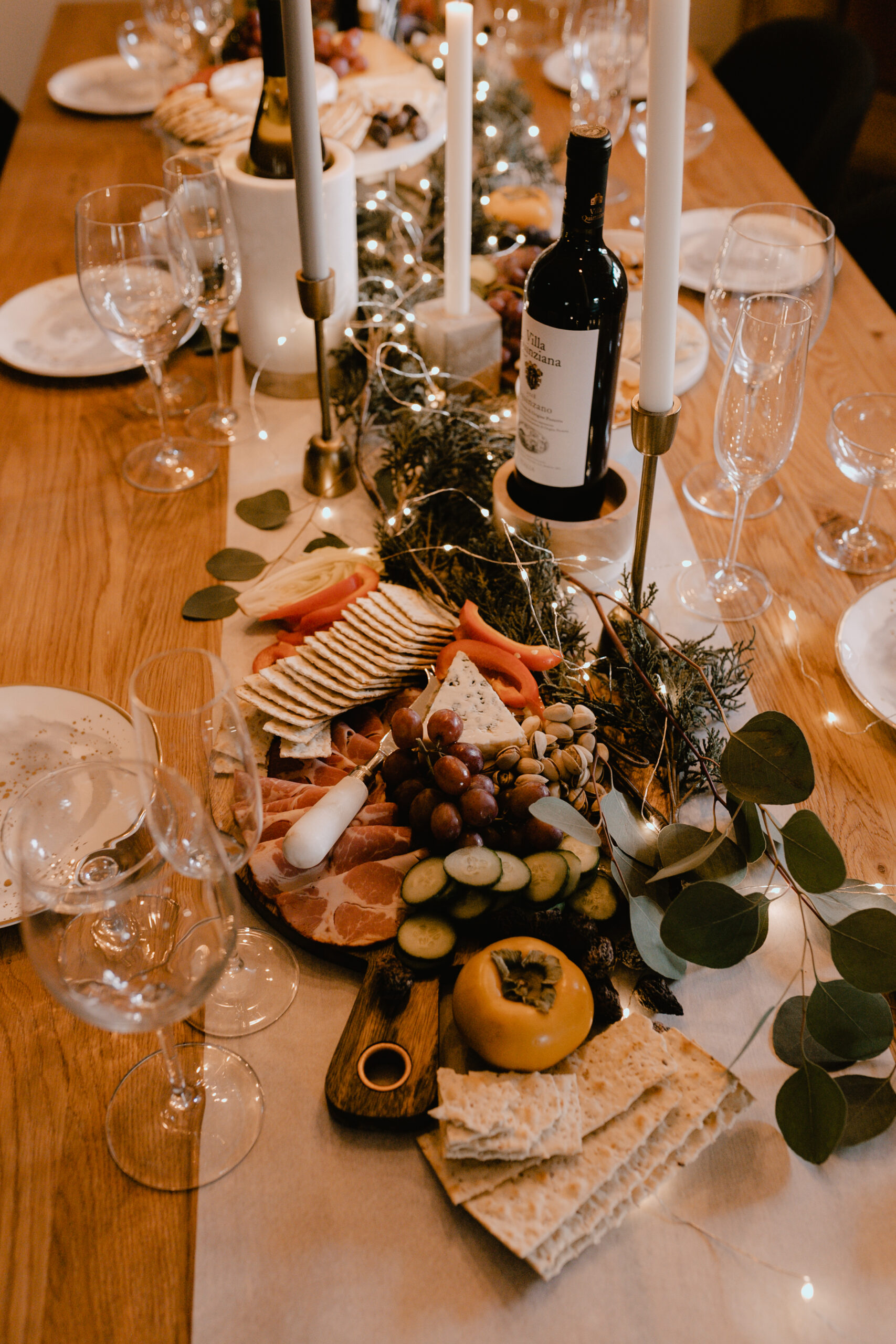 a very merry charcuterie board gathering #holidays #verymerry #charcuterieboard