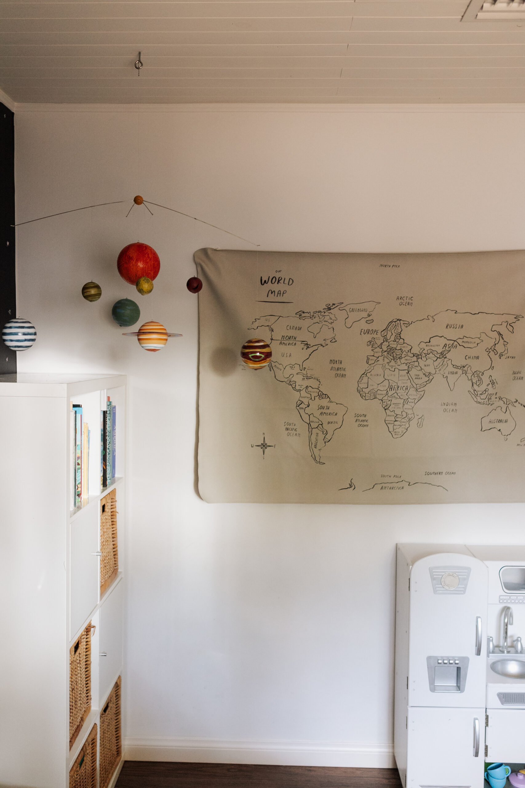 world map and planet mobile #theldlhome #spaceroom #planetmobile