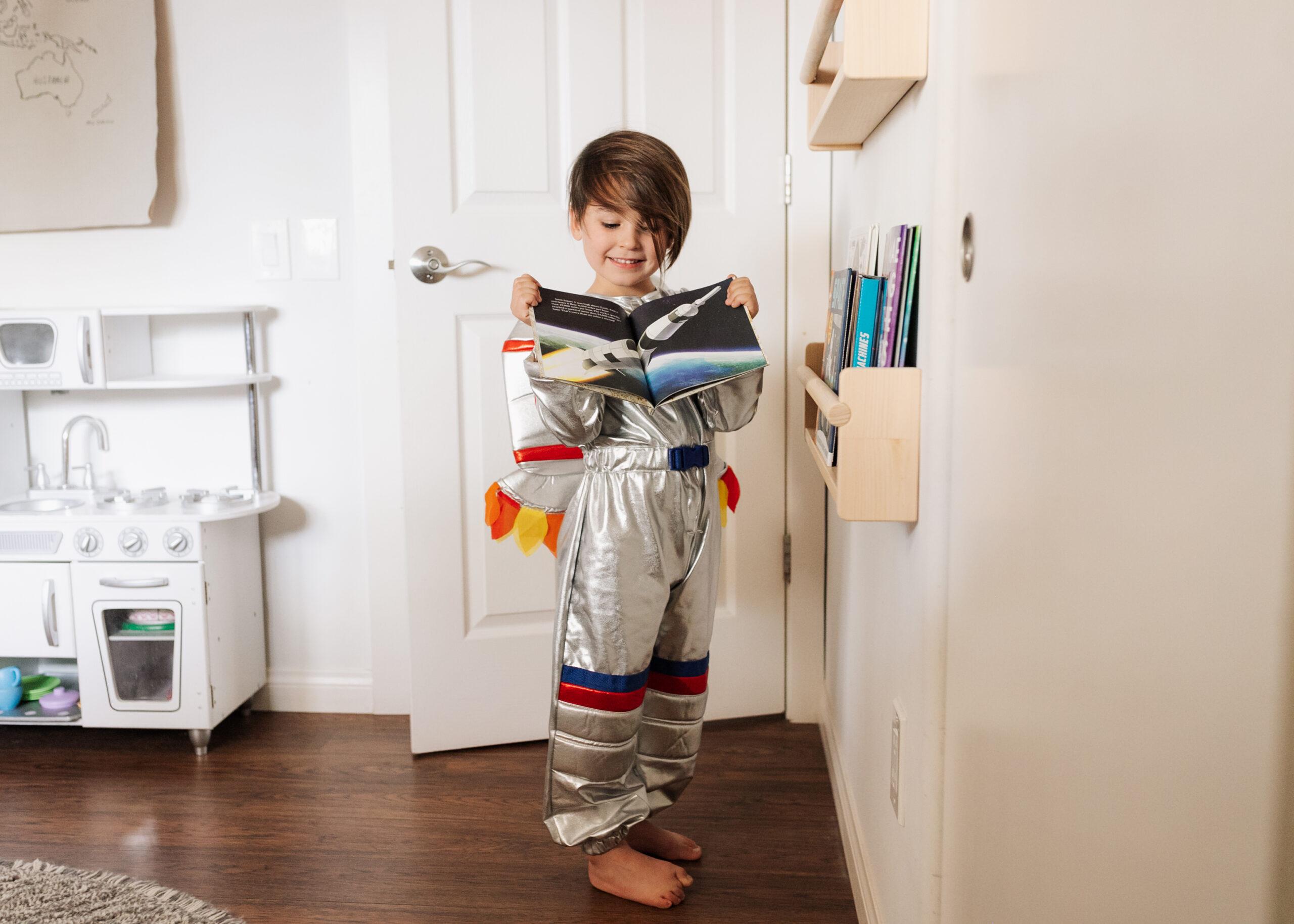 all the space books for my space inspired boy #spaceroom #astronautcostume #bigboyroom #kidsroom #homedesign