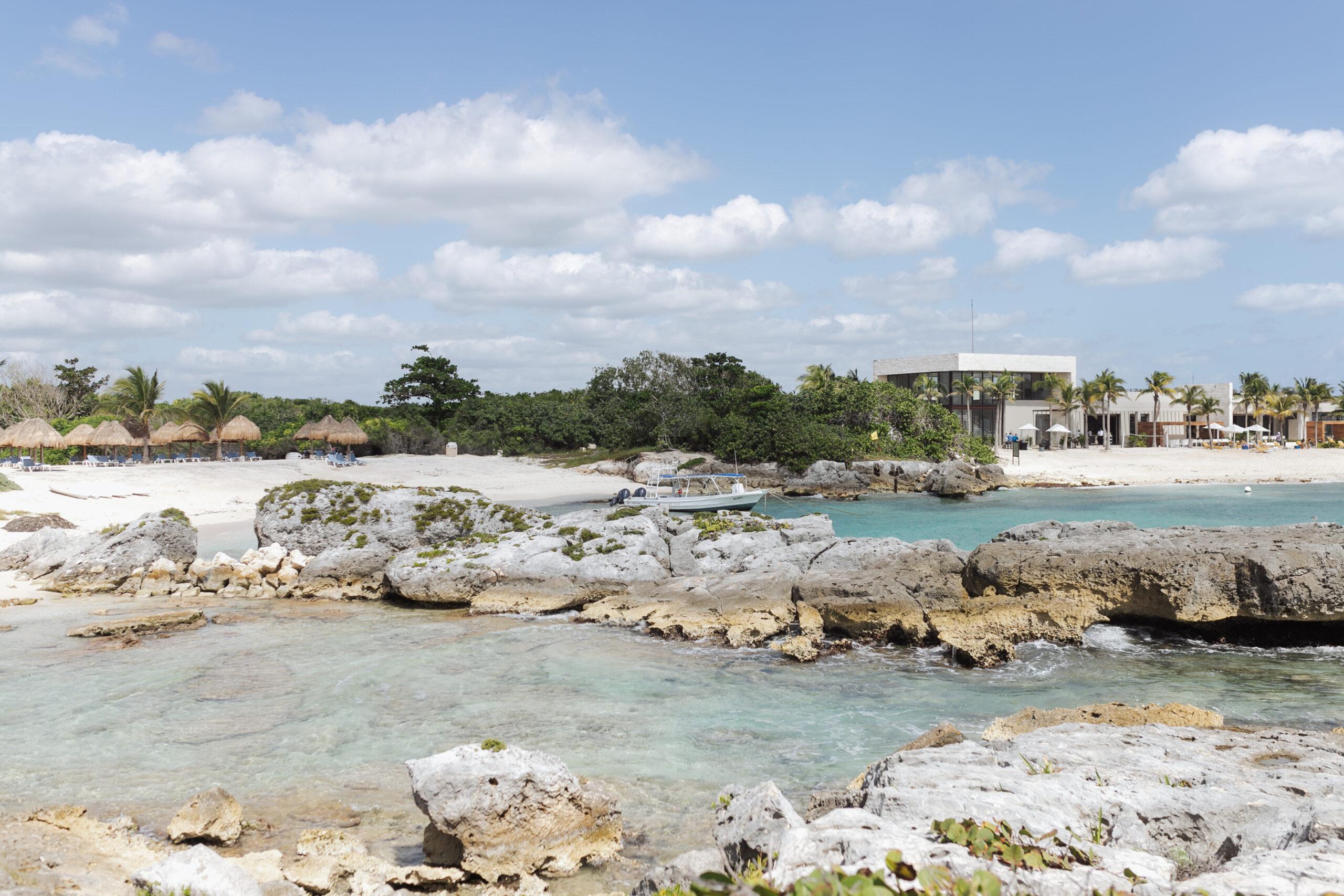 the grand sirenis riviera maya hotel in mexico