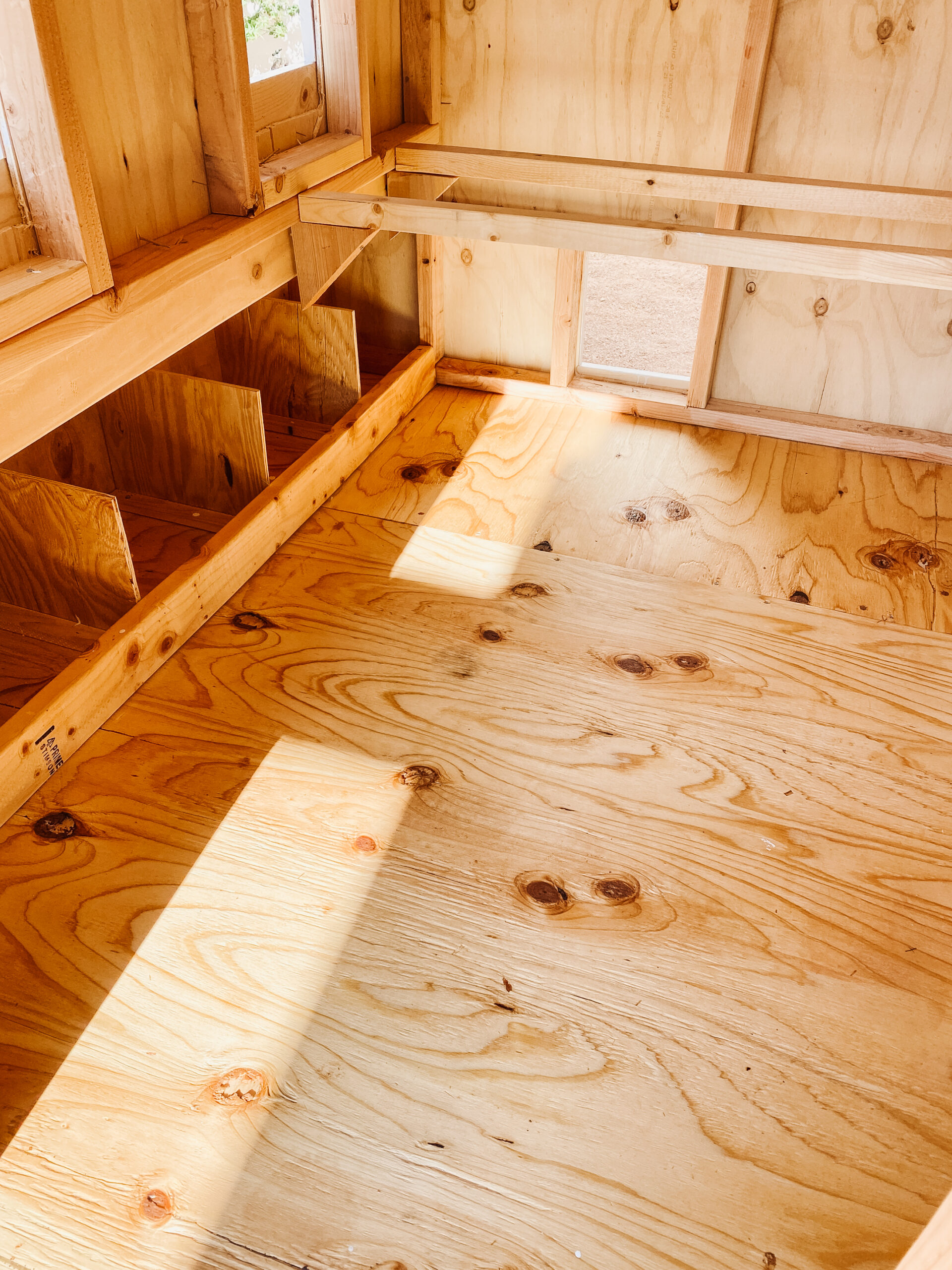 treating the coop floor with tung oil #thelovedesignedlife #nontoxic #organicchickns #farmfresheggs