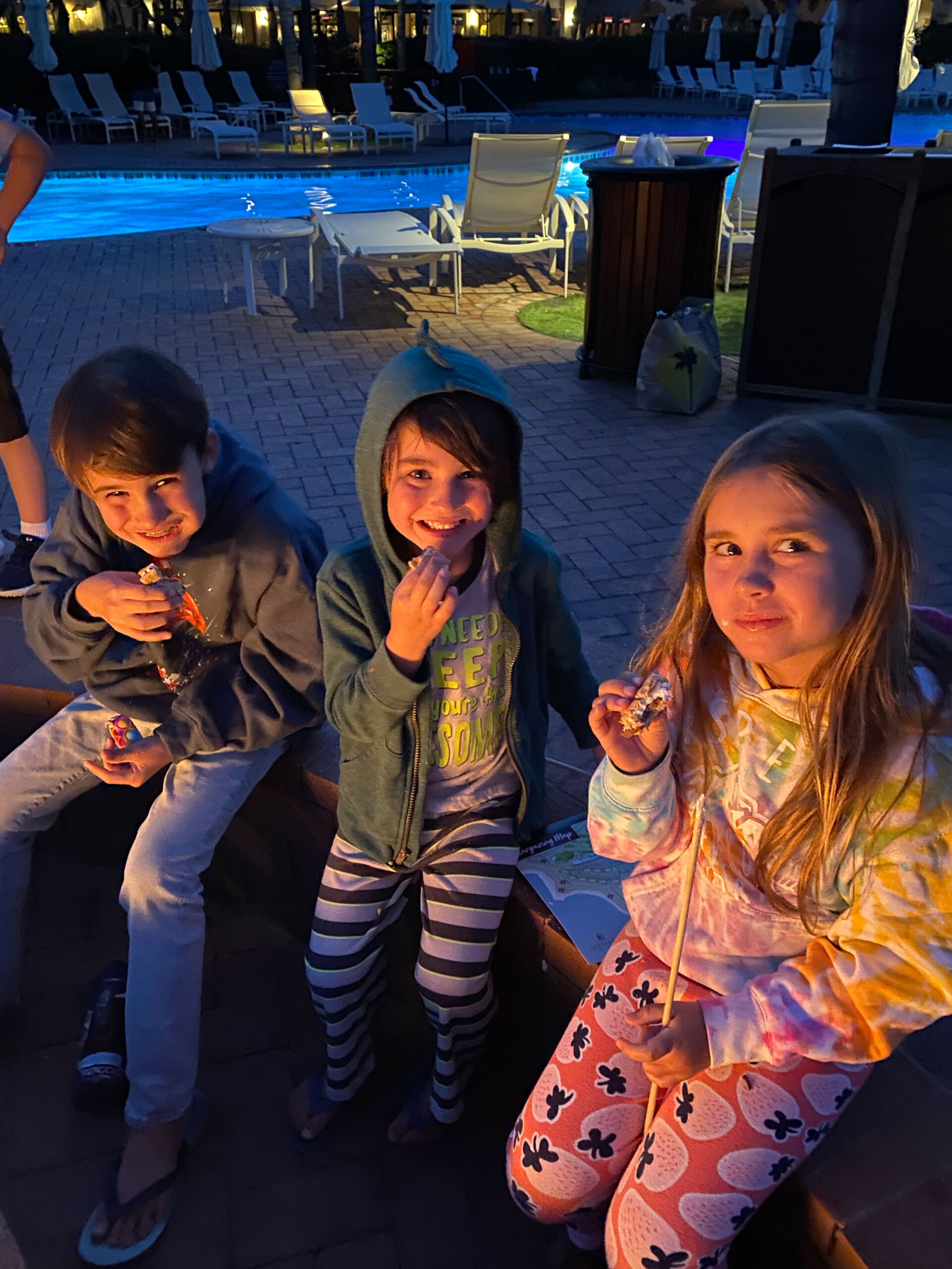 late summer nights staying up for smores by the fire #thelovedesignedlife #theldltravels #smores #bettersleephabits