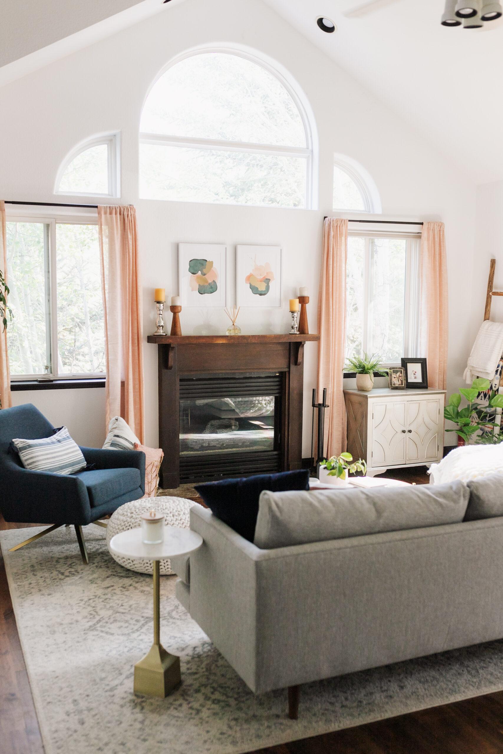 modern mountain living room is up on the blog #modernmountain #livingroom #mcm #thelovedesignedlife