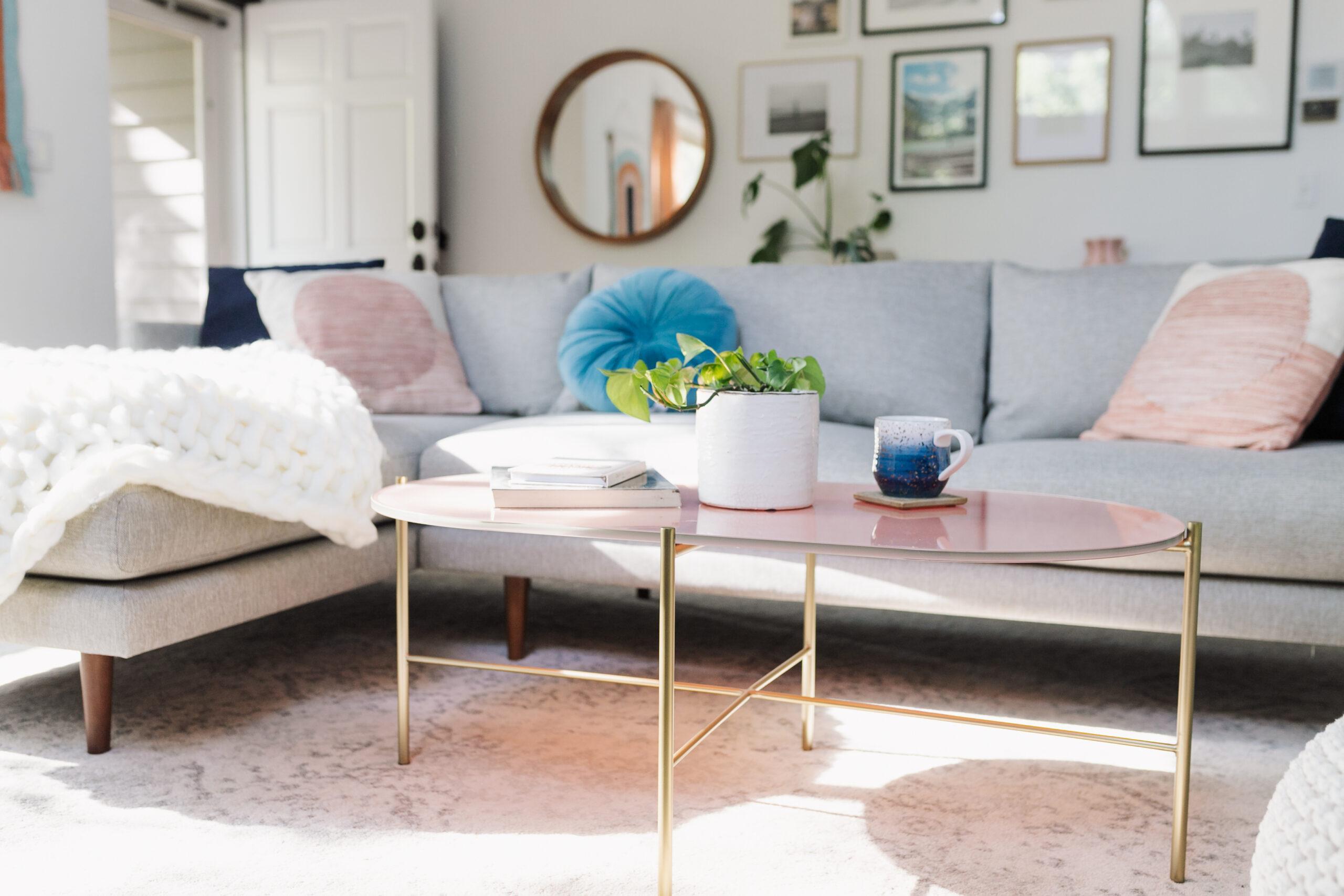 details on this space inside the modern mountain living room near aspen, colorado #aspenco #aspen #secondhome #mountainhome #modernlivingroom