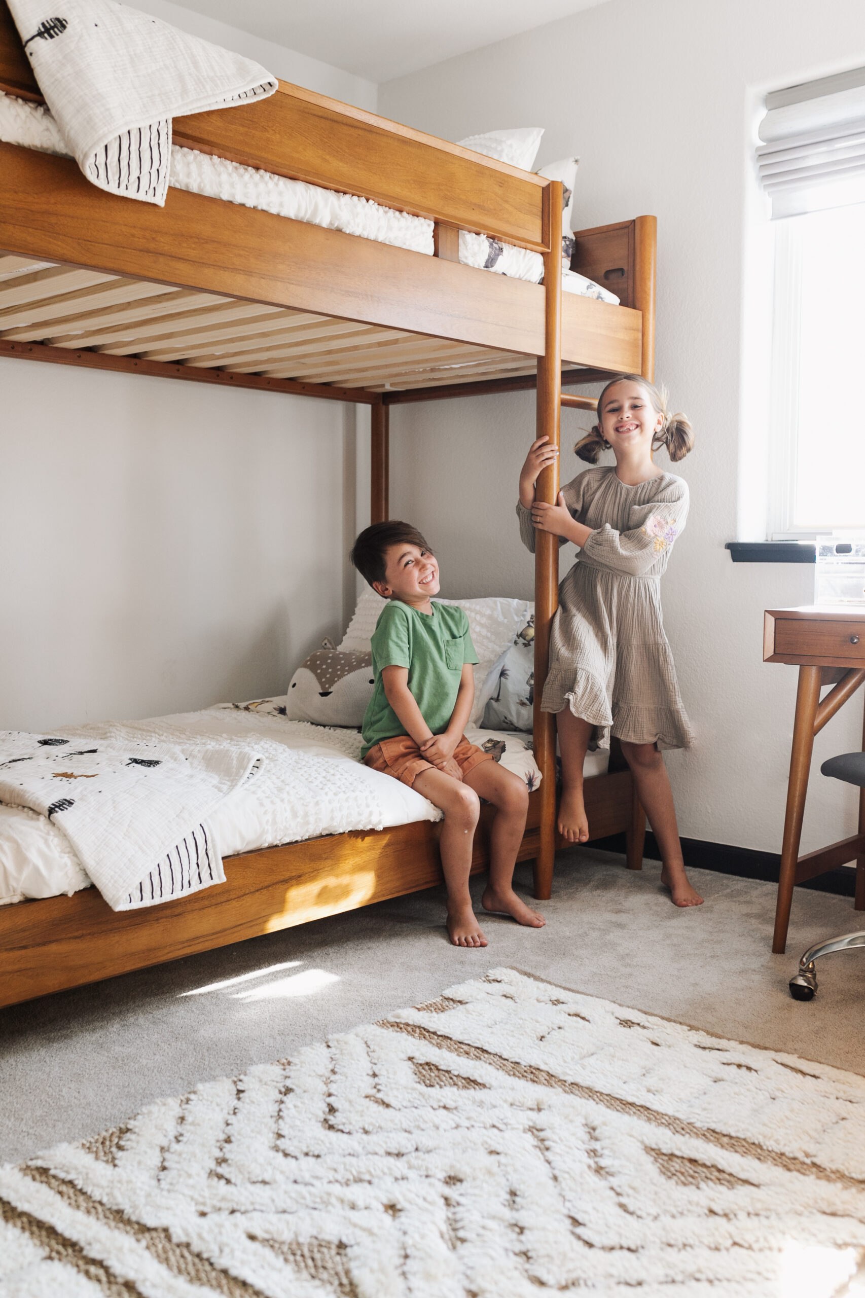 so excited for their new modern mountain bunk room!! #thelovedesignedlife #theldlhome #secondhome #mountainhome #modernmountain #bunkbeds #pbk